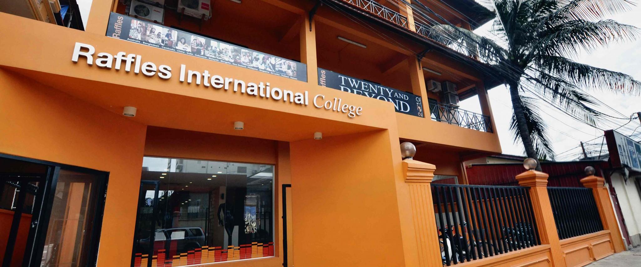 Raffles Colleges có dấu hiệu lừa đảo học viên