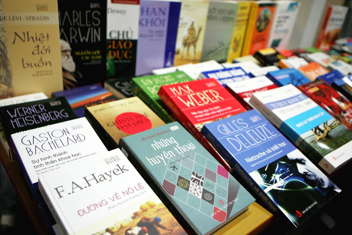 Bảo hộ tác phẩm và quyền tác giả đối với sách