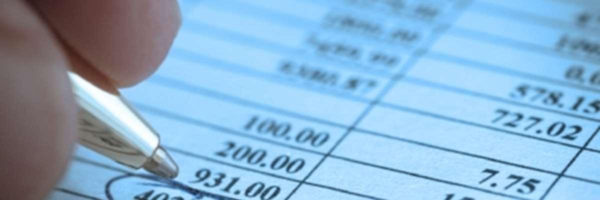Hoạt động cho vay bằng ngoại tệ của tổ chức tín dụng, chi nhánh ngân hàng nước ngoài đối với khách hàng vay là người cư trú.