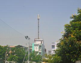 Sau vụ tai nạn tại 105 Láng Hạ, Đống Đa, Hà Nội: Nguy cơ tiềm ẩn từ các cột thu, phát sóng trên cao