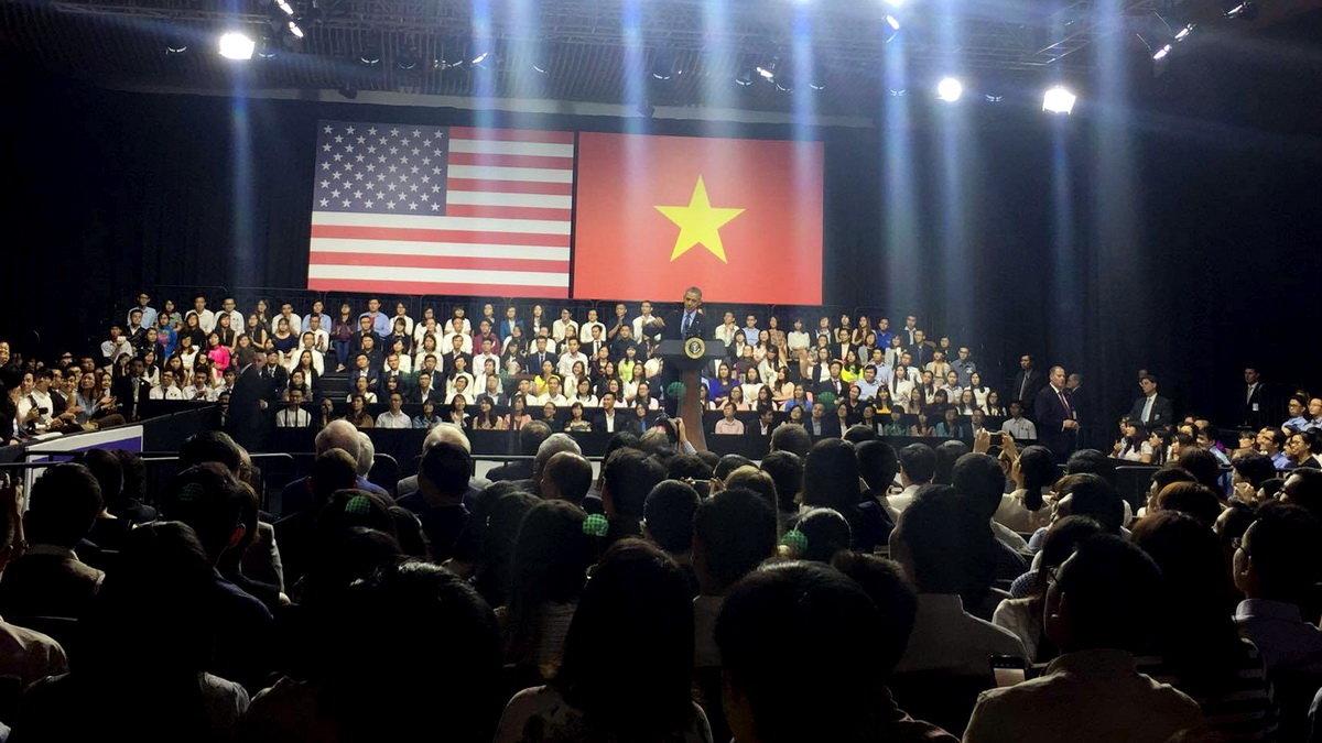 Giới trẻ Việt háo hức chờ gặp lại Tổng thống Obama