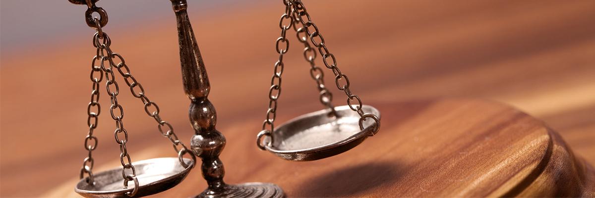 Quyền và nghĩa vụ của luật sư nước ngoài