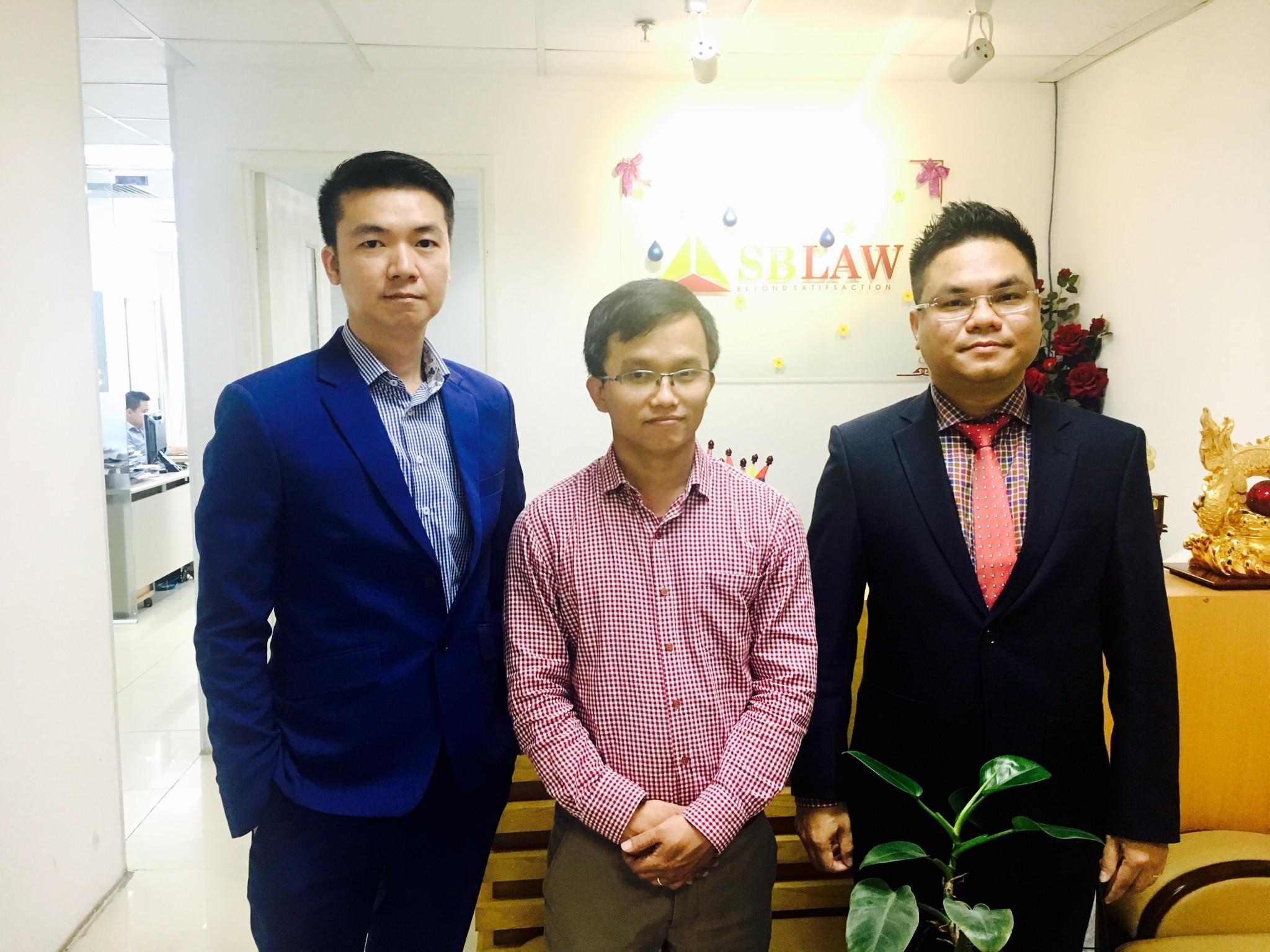 Tư vấn luật cho nhà đầu tư Singapore