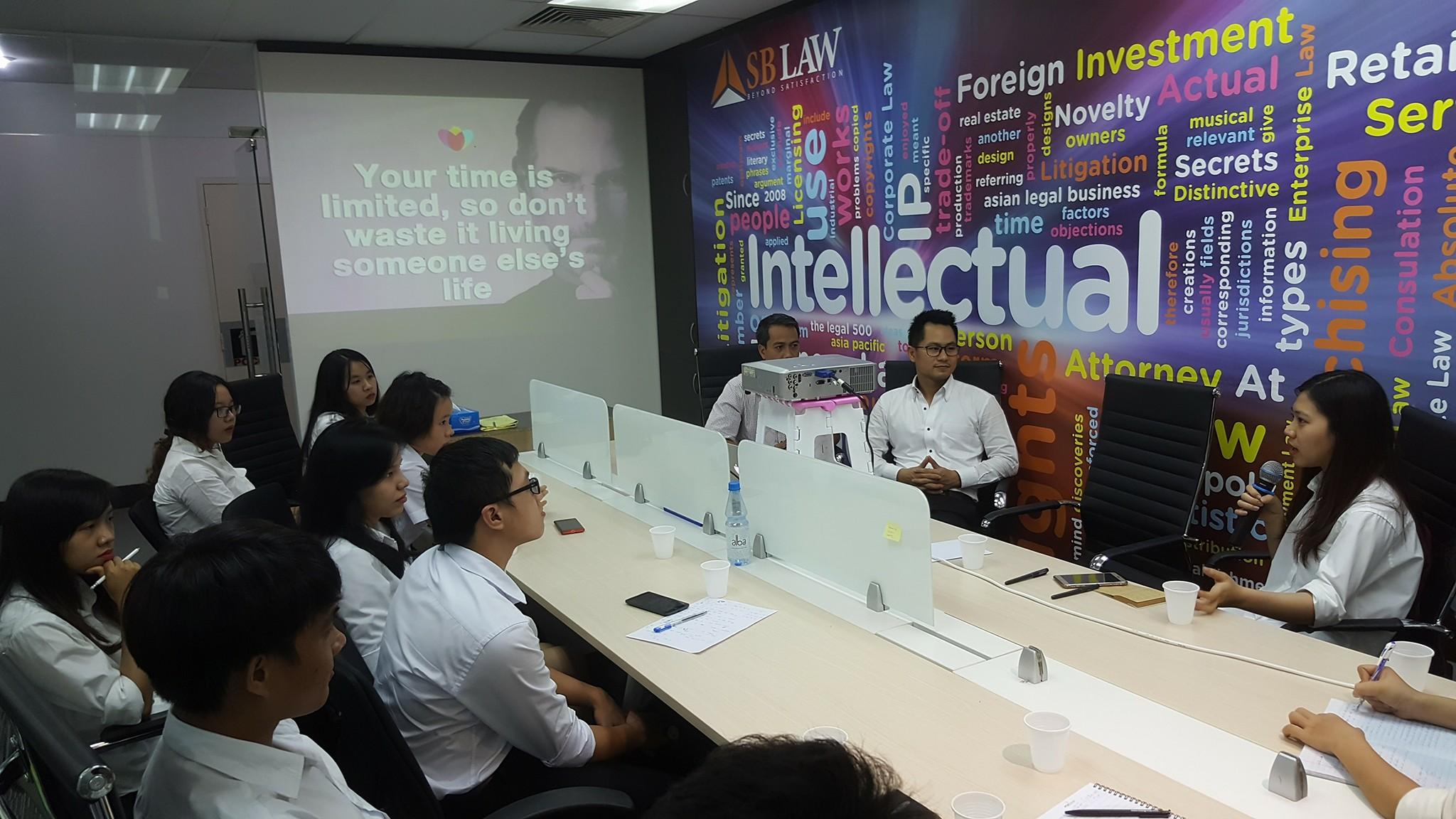 Photo: Hoạt động giao lưu định hướng đào tạo và nghề nghiệp cho các sinh viên