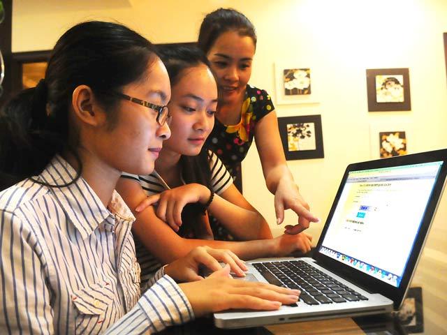 Công khai điểm thi trên mạng: Có xâm phạm quyền riêng tư?