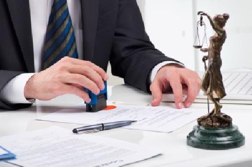 Hợp đồng nhượng quyền thương mại có phải công chứng không?