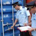 Ai là người thực hiện khai hải quan khi hàng hóa nhập khẩu theo đường bưu điện-sblaw