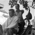 Mở quán cắt tóc vỉa hè, có phải đăng ký kinh doanh-sblaw