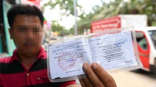 Người điều khiển phương tiện giao thông được sử dụng bản sao chứng thực Giấy đăng ký phương tiện giao thông