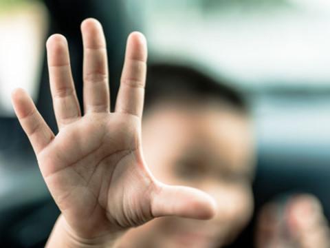 Những yêu cầu bắt buộc khi đưa hình trẻ em lên báo