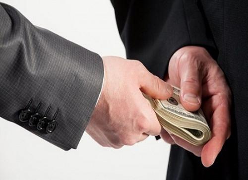 Hành vi lừa đảo tiền chạy việc, bị xử lý ra sao?