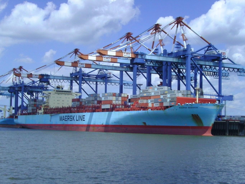 Muốn đưa hàng hóa nhập khẩu vào lưu thông trên thị trường thì phải làm những thủ tục gì?