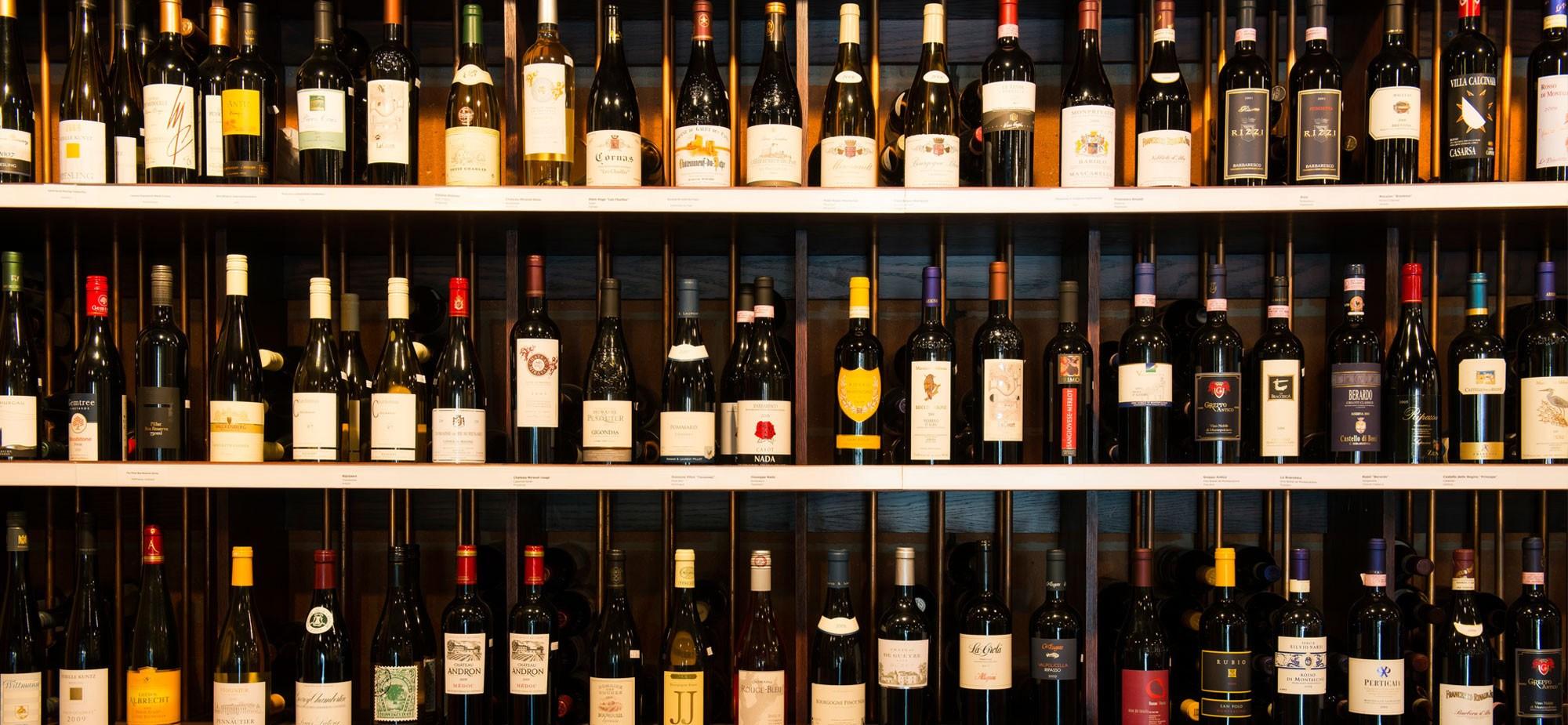 Từ ngày 01/11/2017: Bãi bỏ hàng loạt điều kiện khi kinh doanh rượu