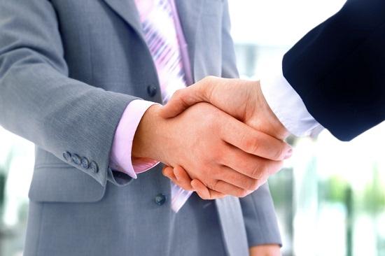 Điều kiện chuyển nhượng cổ phần phổ thông của cổ đông sáng lập