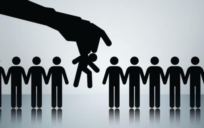 Có bị chấm dứt hợp đồng lao động khi hưởng án treo?