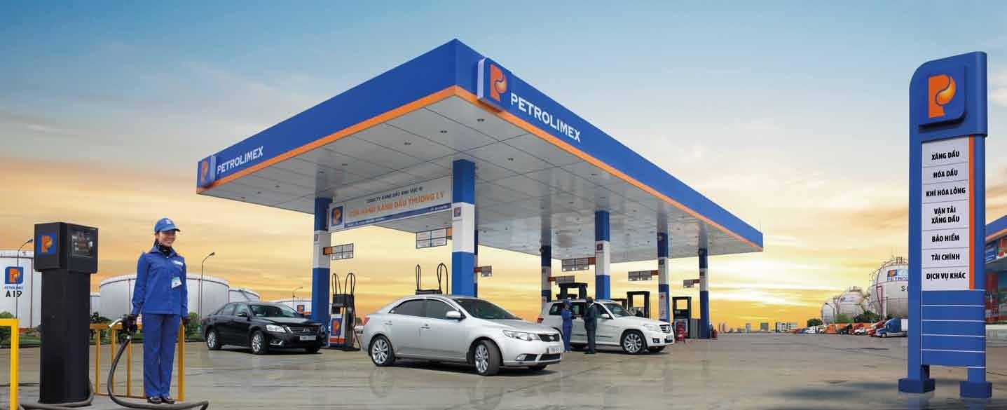 Giá bán lẻ xăng dầu là giá do nhà nước quy định?