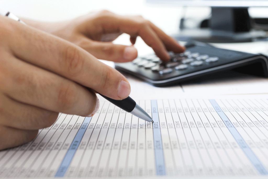 Hóa đơn tiền điện, tiền nước và chi phí thuê nhà có được hạch toán làm chi phí hợp lý cho doanh nghiệp không?