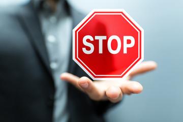 Làm sao để chấm dứt hoạt động đăng ký kinh doanh Hộ kinh doanh?