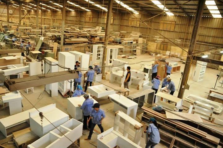 Muốn thành lập cơ sở sản xuất và kinh doanh đồ gỗ nội thất, phải tiến hành những thủ tục gì?