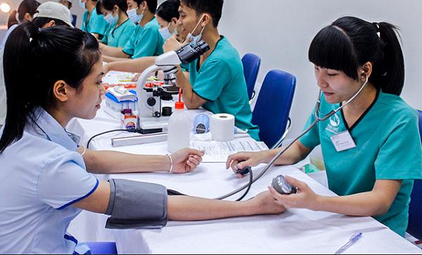 Tư vấn điều kiện sức khỏe đi xuất khẩu lao động ở thị trường Đài Loan và Nhật Bản