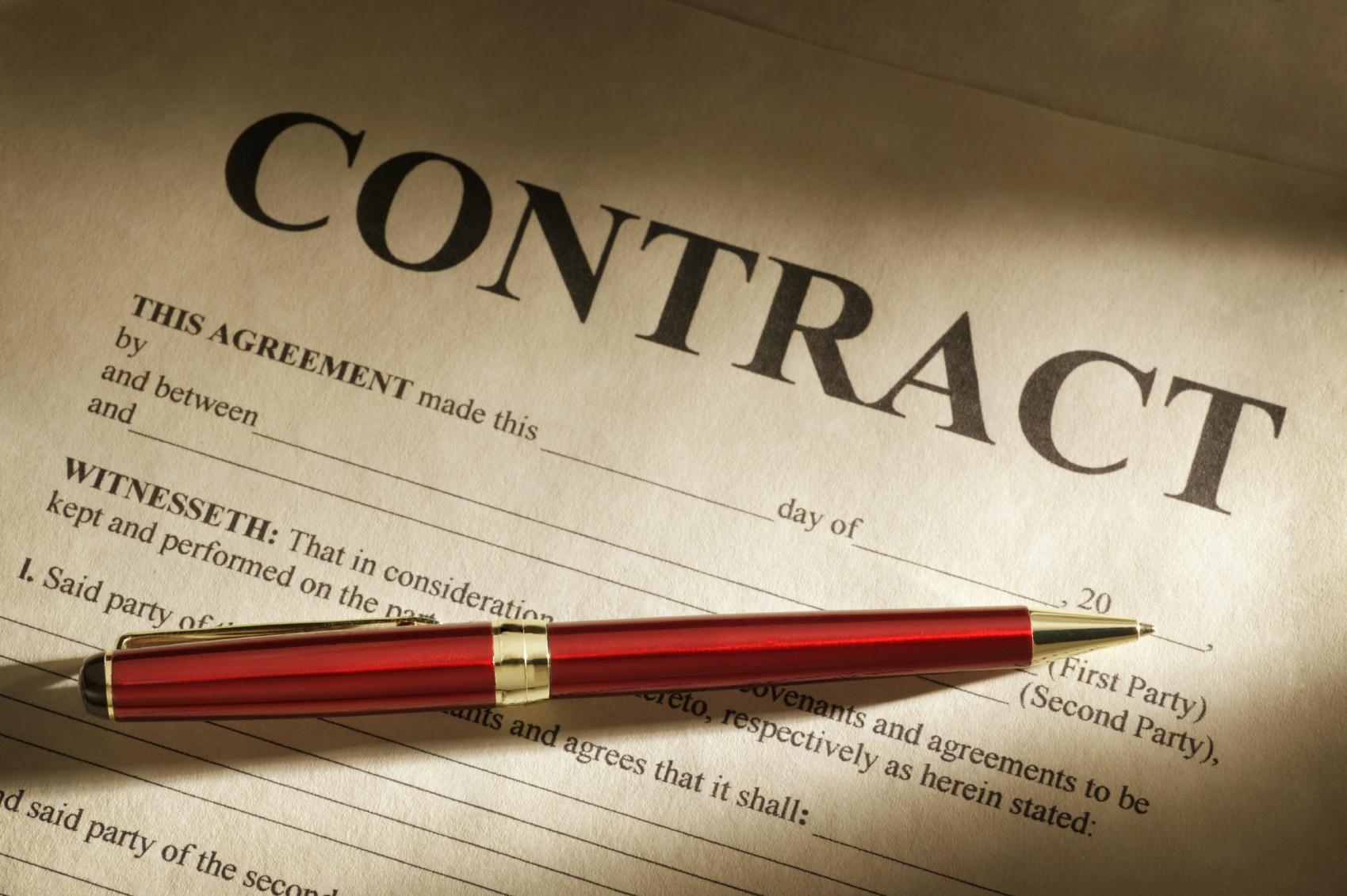 Tư vấn về việc ký kết hợp đồng giữa công ty mẹ và công ty con