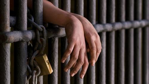 Khi nào được hoãn chấp hành hình phạt tù?