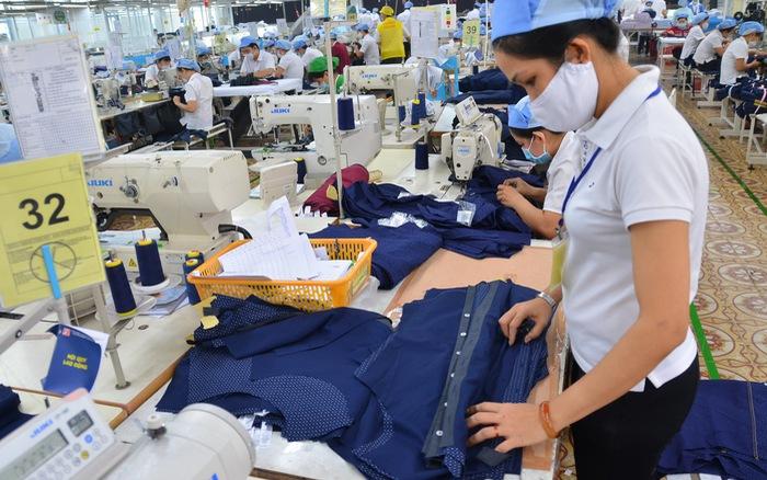 Kinh doanh xuất nhập khẩu hàng hóa may mặc có phải là ngành nghề kinh doanh có điều kiện?