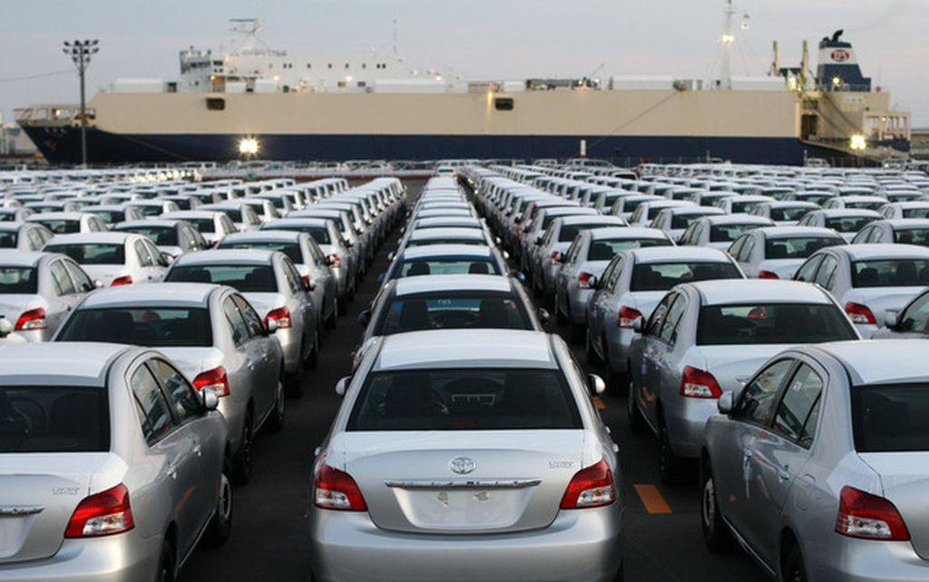 Muốn nhập khẩu ô tô cũ không còn bảo hành có được không?