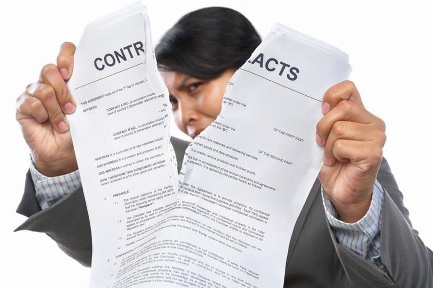 NLĐ có được đơn phương chấm dứt HĐ khi không được làm tại địa điểm thỏa thuận trong HĐLĐ?