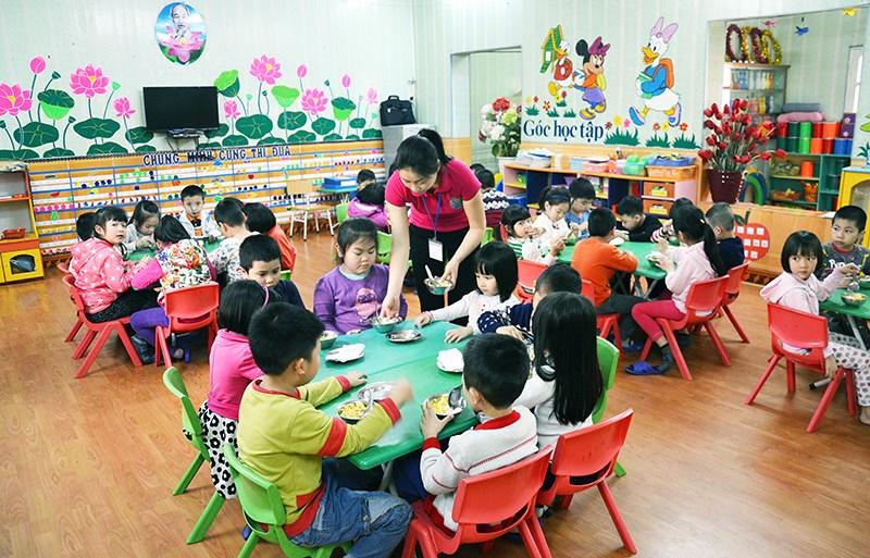 Điều kiện để trẻ mẫu giáo được hỗ trợ tiền ăn trưa