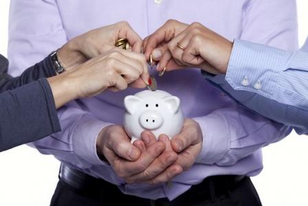 Công ty TNHH hai thành viên trở lên có thể huy động vốn bằng những cách nào?