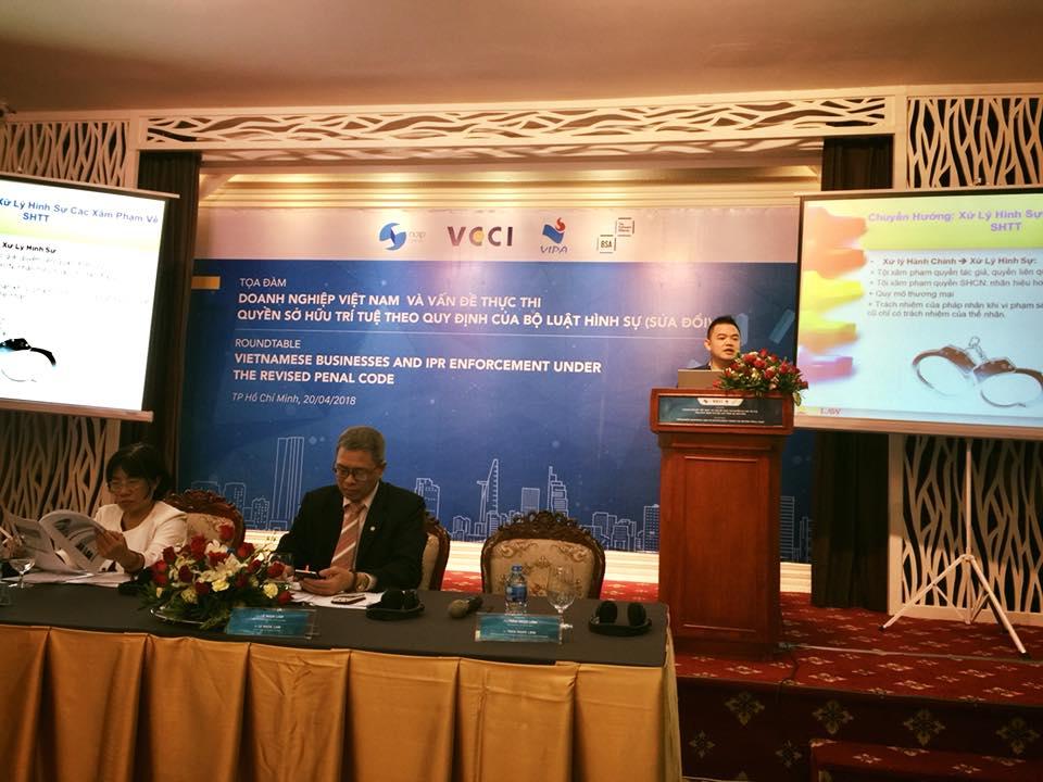 Luật sư SBLAW phát biểu tại toạ đàm DN Việt Nam và vấn đề thực thi quyền Sở hữu trí tuệ theo quy định của Bộ luật Hình sự (sửa đổi)