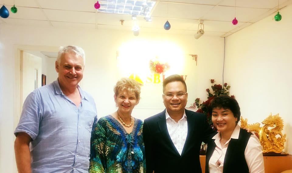 Luật sư Nguyễn Thanh Hà tiếp và làm việc với luật sư tới từ Australia