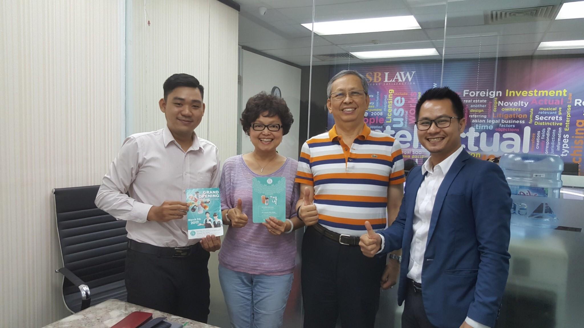 Luật sư Nguyễn Tiến Hoà tiếp và làm việc với doanh nghiệp trà sữa Đài Loan