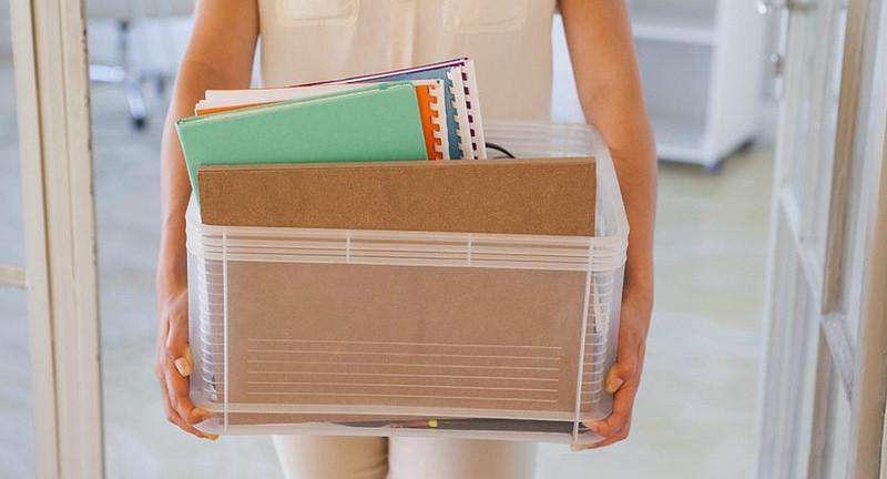 Người lao động bị nghỉ việc do công ty thay đổi cơ cấu thì được hưởng quyền lợi gì?