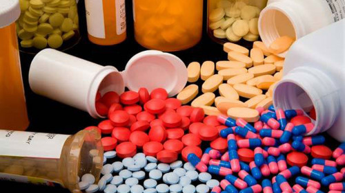 Xử lý hành vi sản xuất, bán buôn thuốc giả