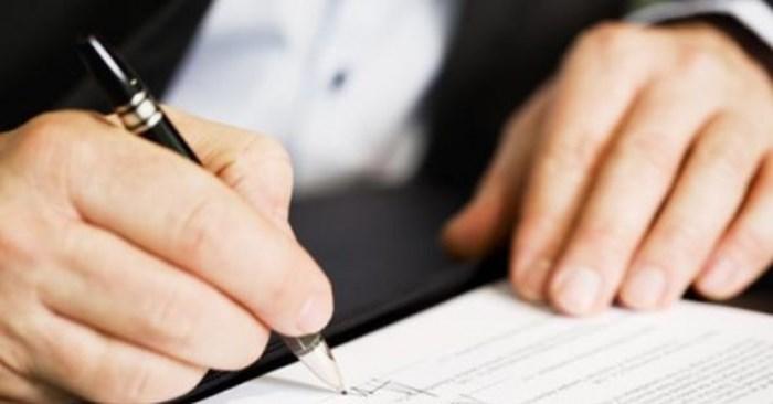 Người lao động có quyền đồng thời ký kết nhiều hợp đồng lao động?