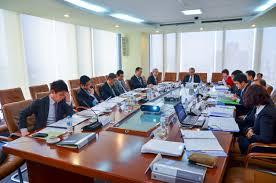 Chủ tịch hội đồng quản trị phải triệu tập cuộc họp hội đồng quản trị khi nào?