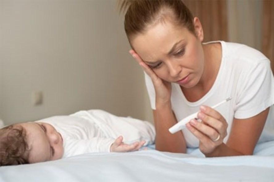 Con ốm đau bố mẹ được nghỉ bao nhiêu ngày?