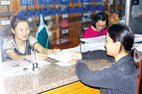 Mức đóng và phương thức đóng của người lao động tham gia bảo hiểm xã hội tự nguyện