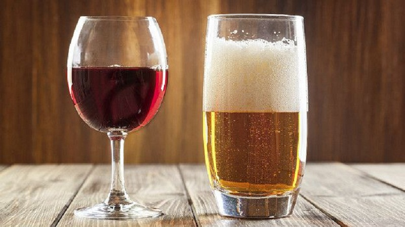Quyền và nghĩa vụ của doanh nghiệp sản xuất rượu công nghiệp là gì?