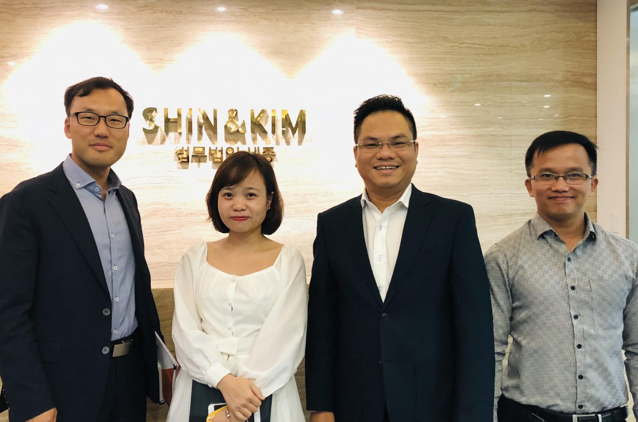 Luật sư SBLAW thăm và làm việc với hãng luật Shin & Kim Hàn Quốc
