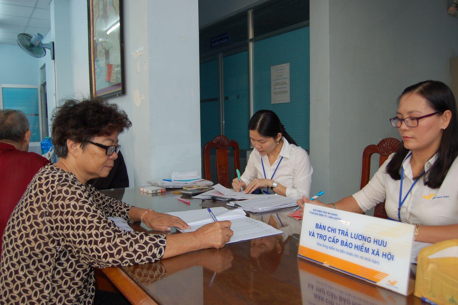 Trợ cấp bảo hiểm xã hội khi lao động nữ sẩy thai