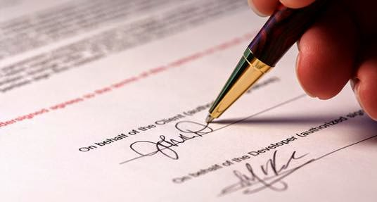 Giám đốc Công ty trách nhiệm hữu hạn một thành viên có được ký kết hợp đồng với chính công ty đó không?