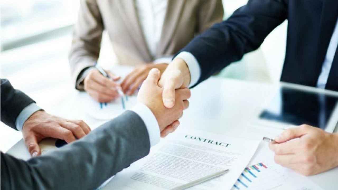 Chuyển giao hợp đồng từ Công ty cho Chi nhánh?