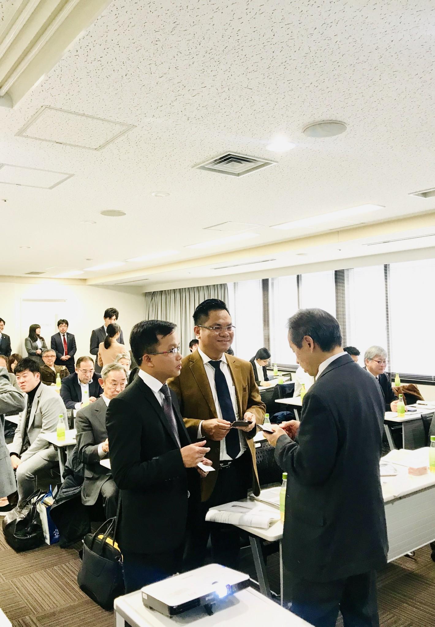 Luật sư Trần Trung Kiên tham gia giảng dạy chương trình Luật sư hội nhập quốc tế