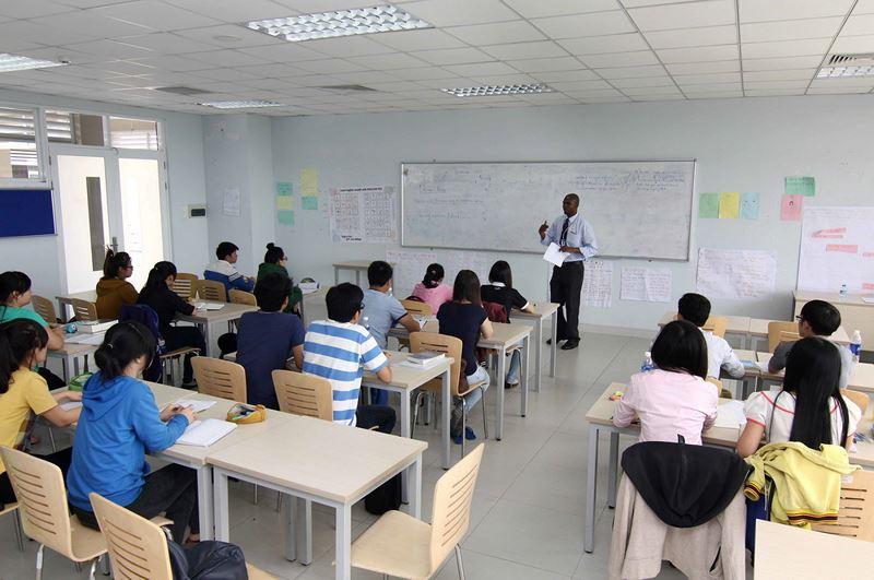 Quy định nghĩa vụ tham gia bồi dưỡng bắt buộc về  chuyên môn, nghiệp vụ của luật sư