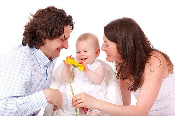 Thủ tục nhận trẻ em bị bỏ rơi làm con nuôi