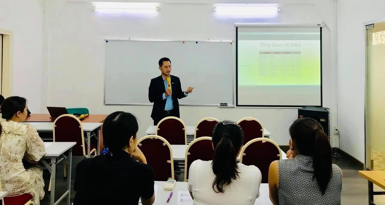 Luật sư Nguyễn Tiến Hòa tham gia đào tạo khóa học về M&A tại TP Hồ Chí Minh